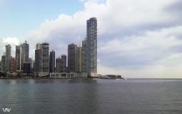 Небоскребы на берегу океана в новом Панама Сити