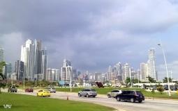 Вышли к городском побережью нового Панама Сити