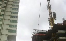Никогда ранее я не видела такой огромный строительный кран специально для создания небоскребов Панама Сити.