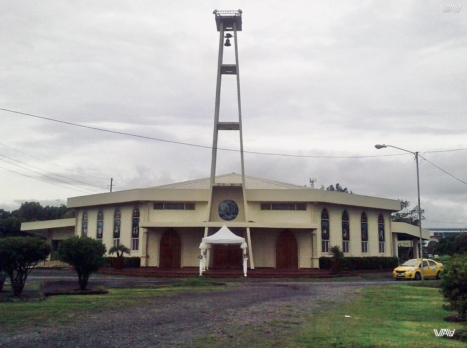 The main church of the Panamanian town David.