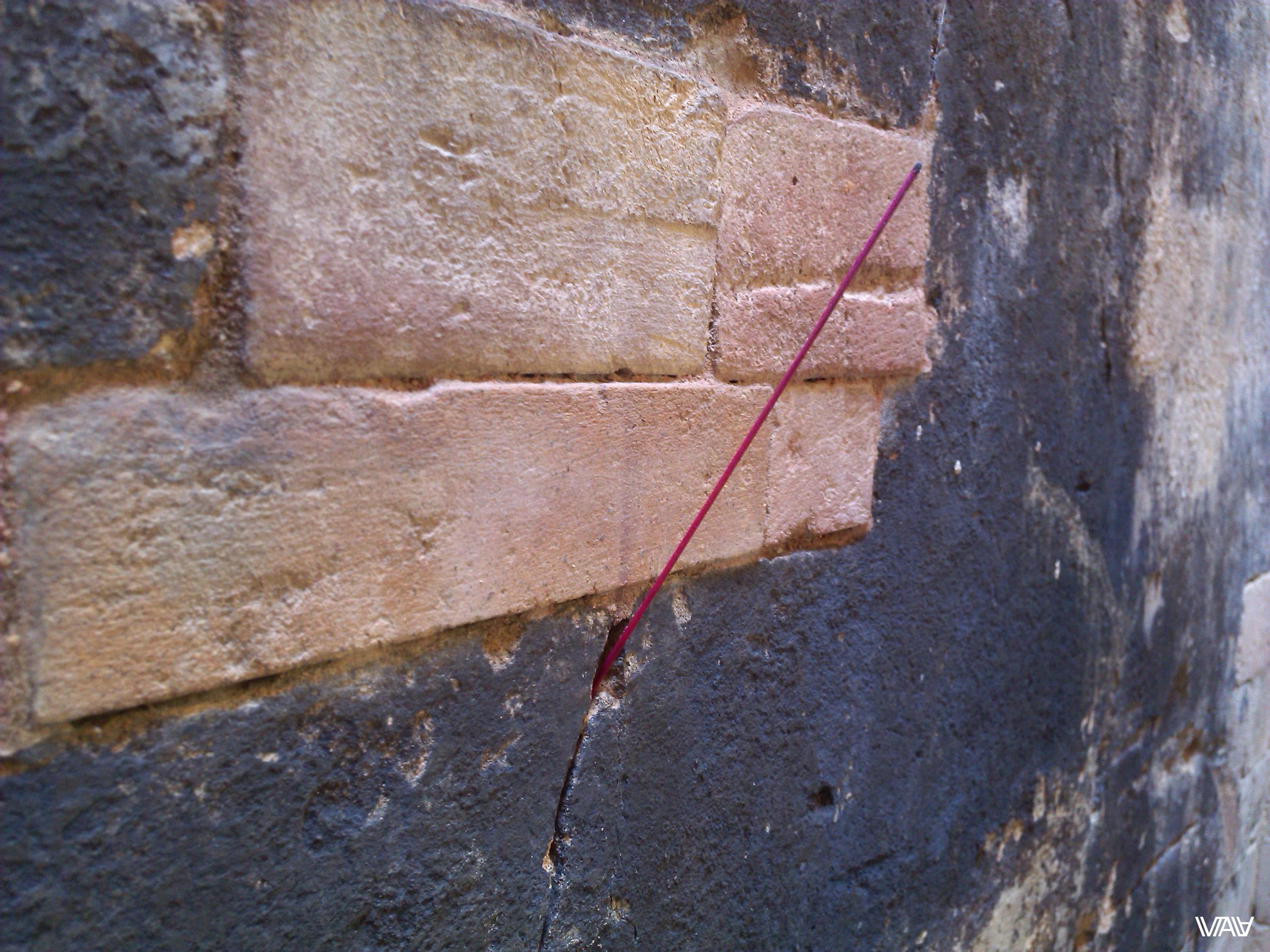 Красной нитью идет реконструкция по всему священному городу. Хотелось бы больше старины в древности... Прасат Краван, Ангкор, Камбоджа