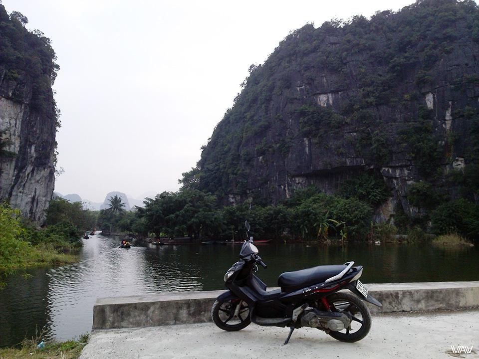 Покатушки в Там Коке. Нин Бин, Вьетнам