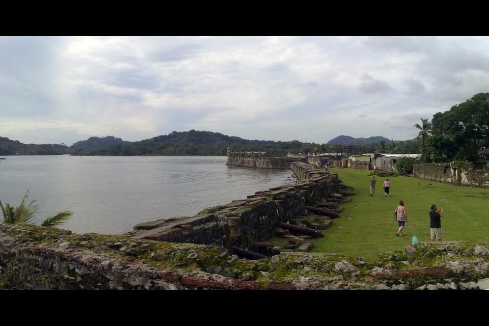 Portobelo is famous among tourists because of its fort. Portobelo, Panama