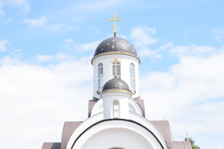 Как много в головах у людей возникает при мысли о куполах. Церковь Святой Евросиньи, Ивенец, Беларусь