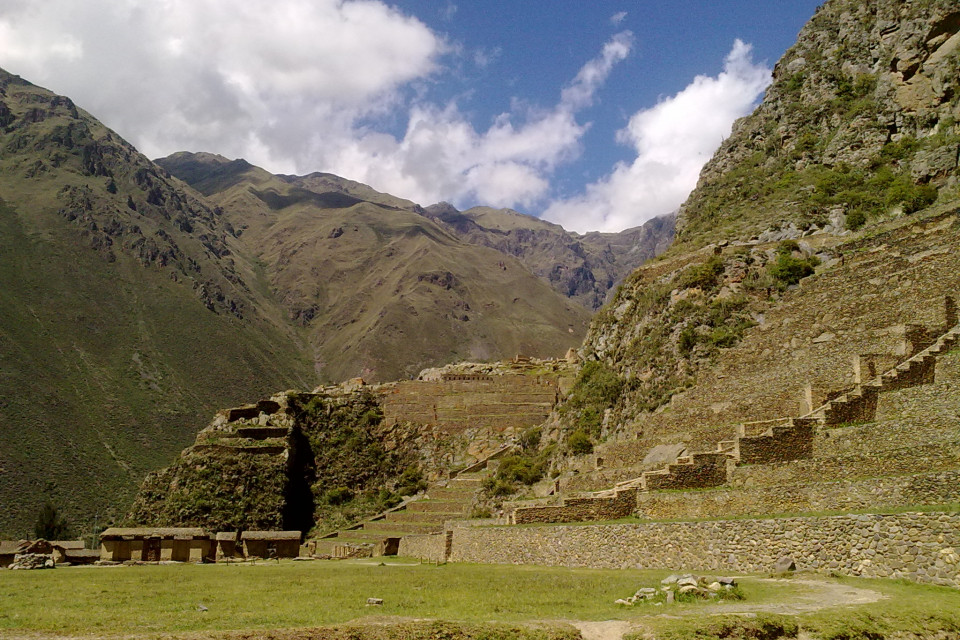 Fascinating view from the ancient city of the Incas. Ollantaytambo, Peru