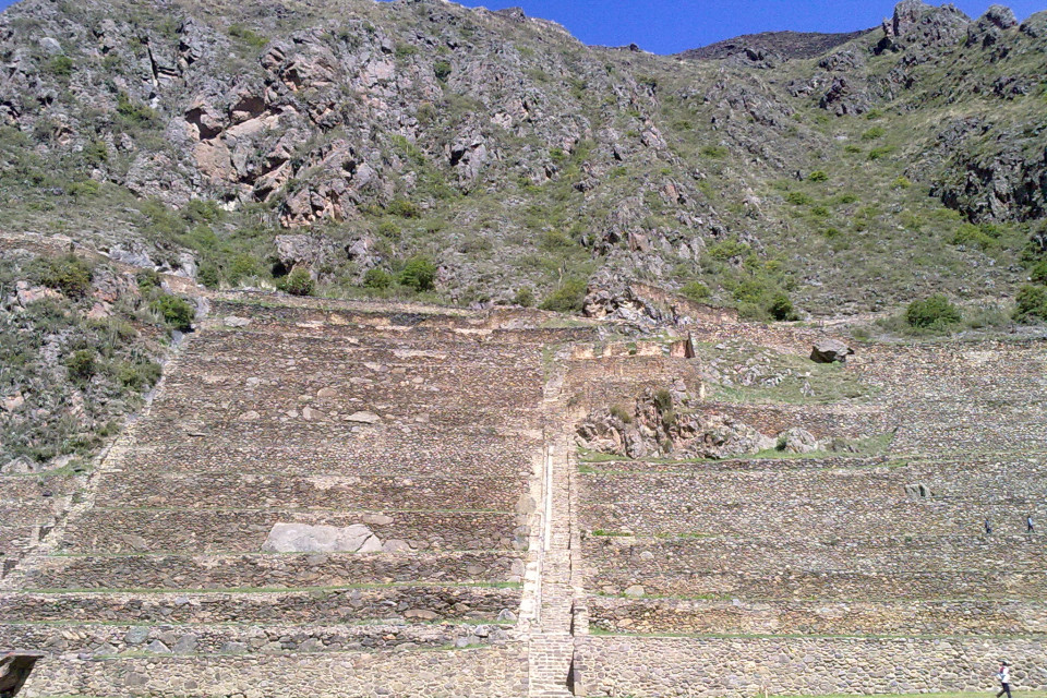 Frankly this staircase upstairs I did not broke :) Ollantaytambo, Peru