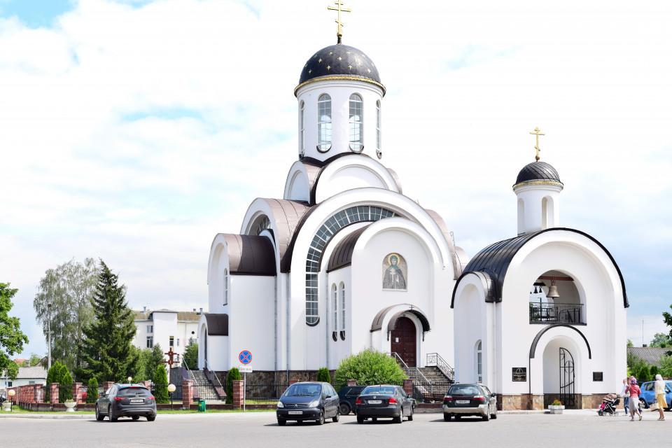 Белокаменная. Церковь Святой Евросиньи, Ивенец, Беларусь