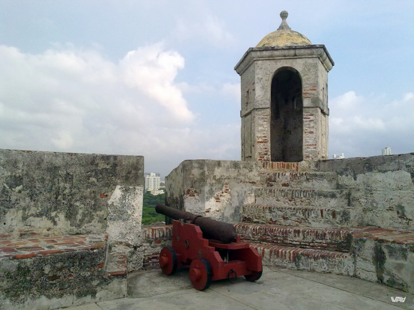 Life has changed a lot since the last shot of this gun. Fuerte de San Felipe De Barajas, Cartagena, Colombia