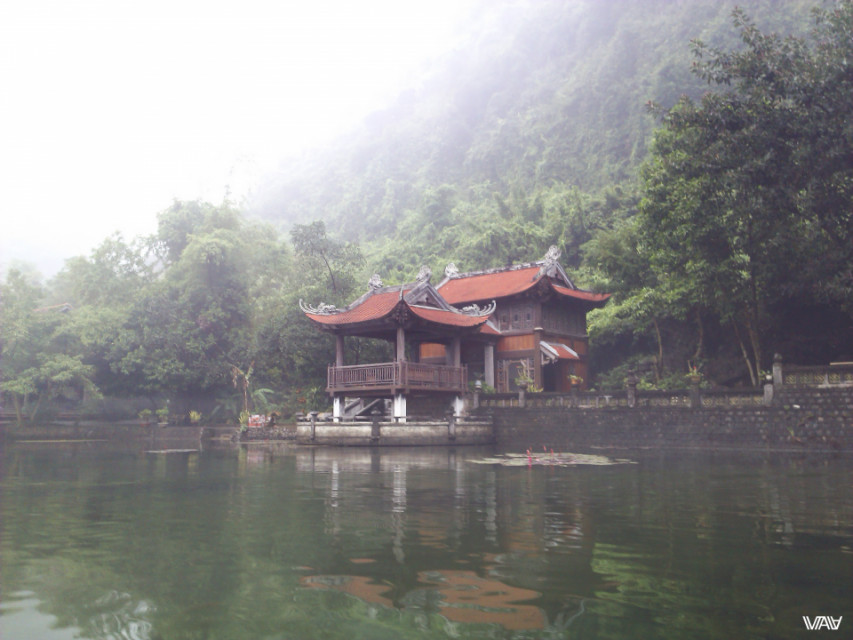 Secret place of Trang An among caves and lakes